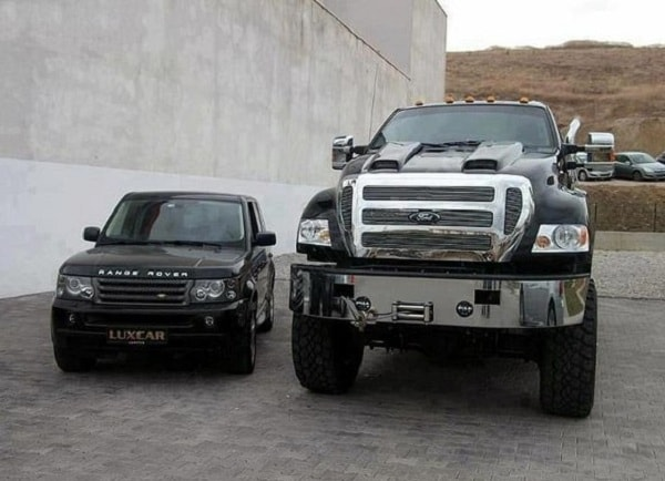 Ford F650 и range rover