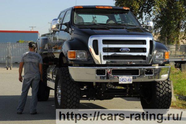 Самый большой серийный внедорожник Ford F-650